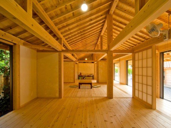 瀬底島の家 (木の建築賞受賞)