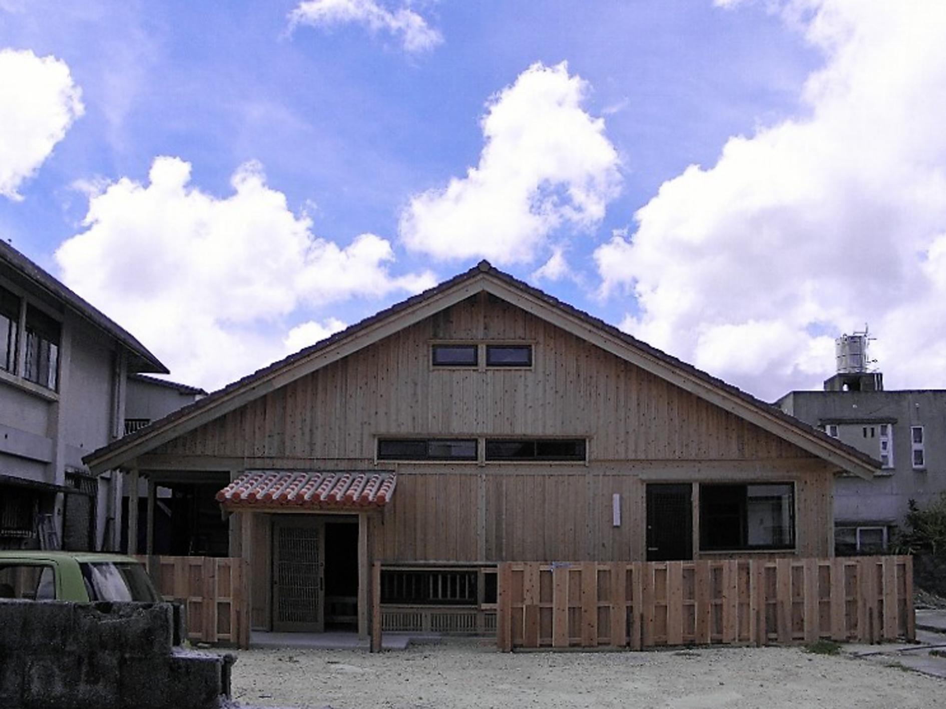 与那原町 木造赤瓦貫屋