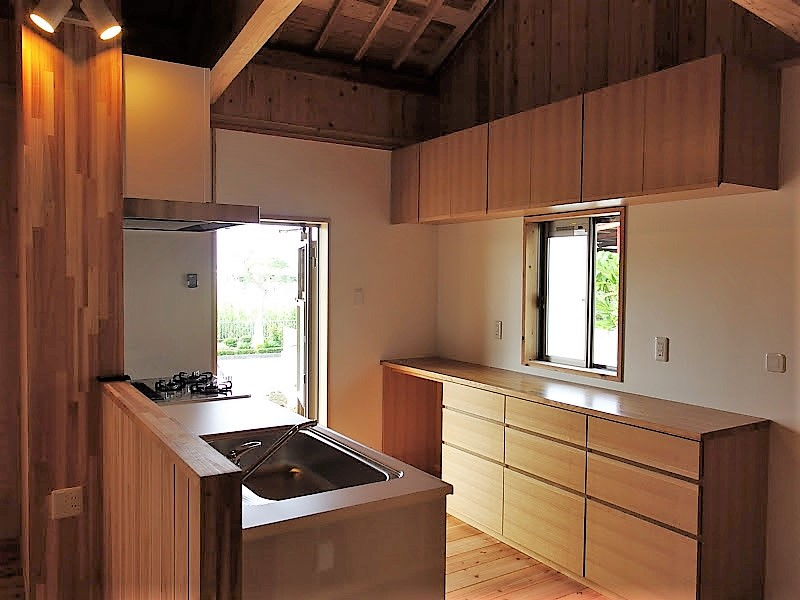 うるま市 木造赤瓦貫屋4
